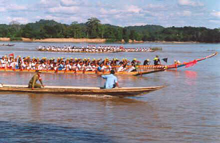 Originally the boat racing festival marked the end of the three-months rains retreat of the monks in October. Now it's held as part of the National Day Celebrations in November.